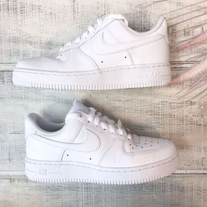 Nike Air Force 1 '07 Triple White